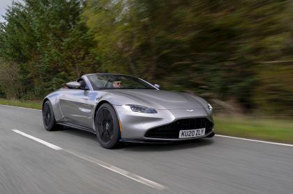 2021 Aston Martin Vantage roadster 174
