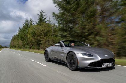 2021 Aston Martin Vantage roadster 179