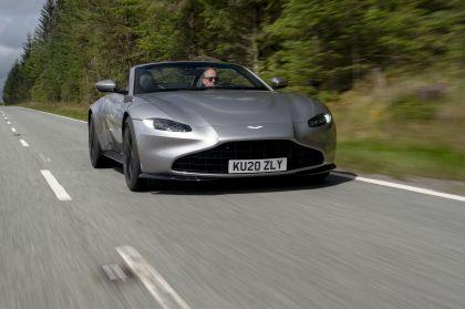 2021 Aston Martin Vantage roadster 180