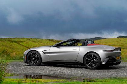 2021 Aston Martin Vantage roadster 181