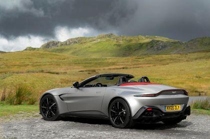 2021 Aston Martin Vantage roadster 184