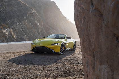2021 Aston Martin Vantage roadster 207