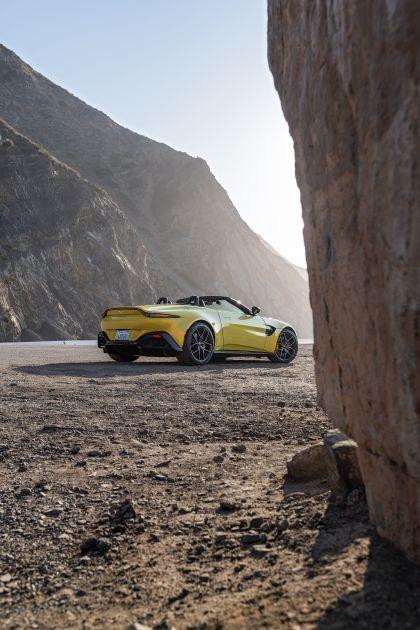 2021 Aston Martin Vantage roadster 208