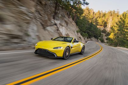 2021 Aston Martin Vantage roadster 229