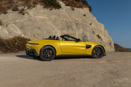 2021 Aston Martin Vantage roadster 237