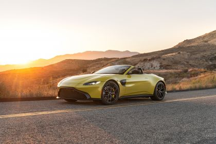 2021 Aston Martin Vantage roadster 238