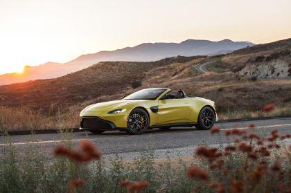 2021 Aston Martin Vantage roadster 242