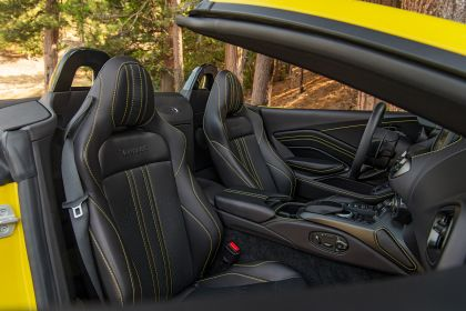 2021 Aston Martin Vantage roadster 246