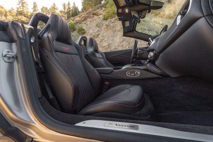 2021 Aston Martin Vantage roadster 324