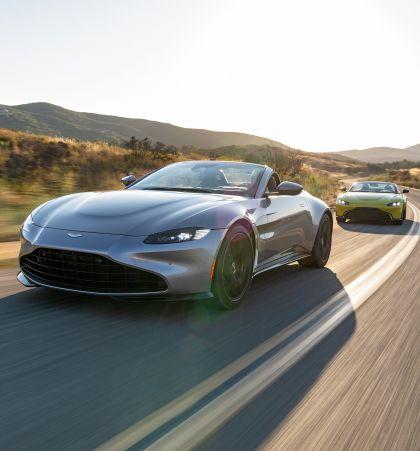 2021 Aston Martin Vantage roadster 329