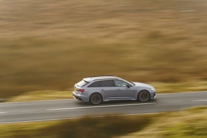 2020 Audi RS6 Avant - UK version 60