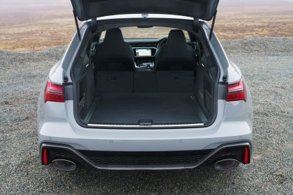 2020 Audi RS6 Avant - UK version 71