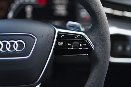 2020 Audi RS6 Avant - UK version 115