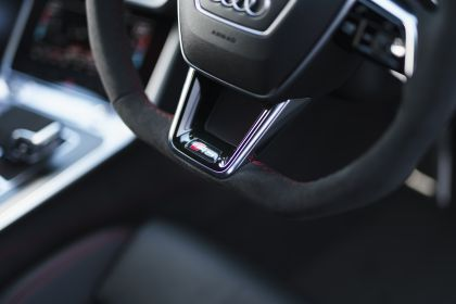 2020 Audi RS6 Avant - UK version 121