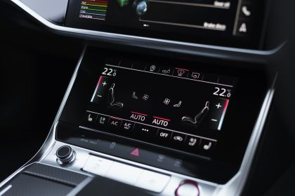 2020 Audi RS6 Avant - UK version 126