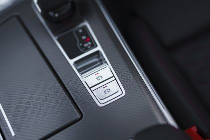 2020 Audi RS6 Avant - UK version 128