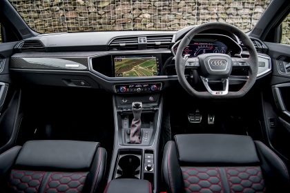 2020 Audi RS Q3 - UK version 45