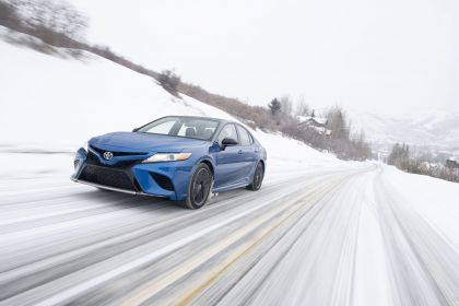2021 Toyota Camry XSE AWD 2