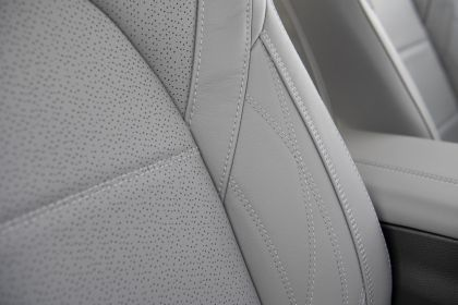 2021 Toyota Avalon Limited AWD 14