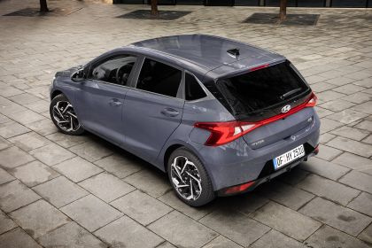 2021 Hyundai i20 35