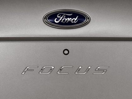 2008 Ford Focus SEL 17