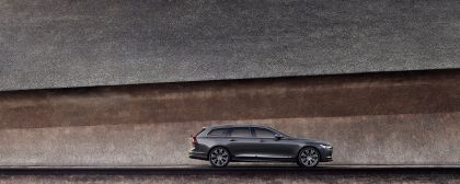2020 Volvo V90 T8 AWD Recharge 3
