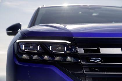2020 Volkswagen Touareg R 9
