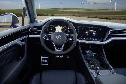 2020 Volkswagen Touareg R 45