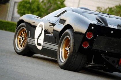 2008 Ford GT40 Shelby 85th commemorative 12