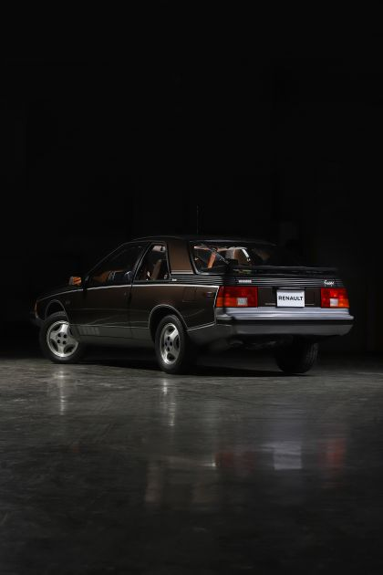 1982 Renault Fuego Turbo - USA version 5