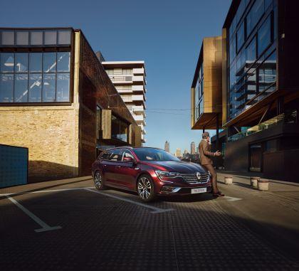 2020 Renault Talisman Estate 1