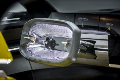 2020 Renault Morphoz concept 150