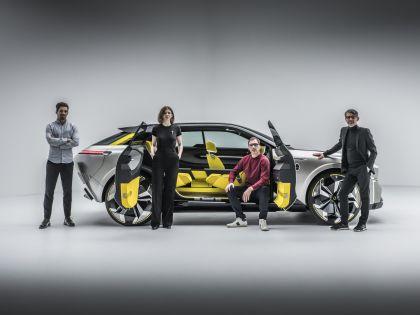 2020 Renault Morphoz concept 156