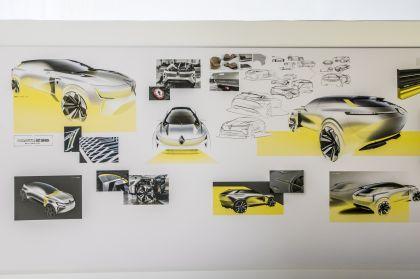 2020 Renault Morphoz concept 160