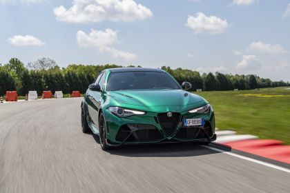 2020 Alfa Romeo Giulia GTA 4