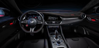 2020 Alfa Romeo Giulia GTAm 7