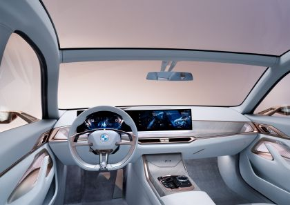 2021 BMW Concept i4 21