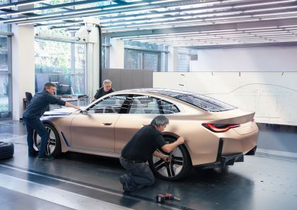 2021 BMW Concept i4 30