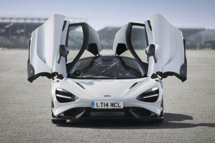 2020 McLaren 765LT 35