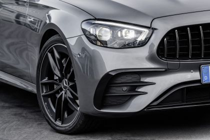 2020 Mercedes-AMG E 53 4Matic+ 12