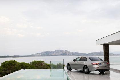 2020 Mercedes-Benz E-Class 25