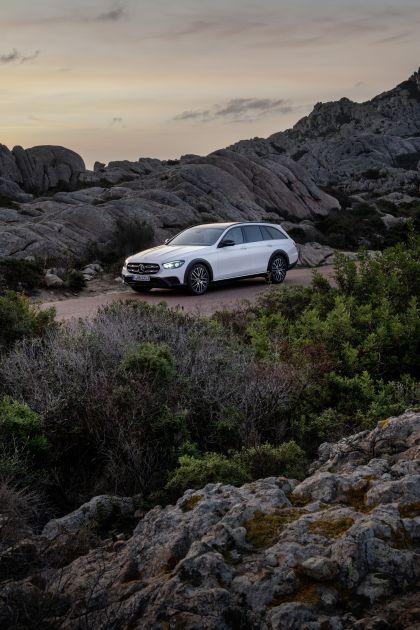 2020 Mercedes-Benz E-Class All-Terrain 8