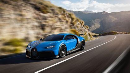 2020 Bugatti Chiron Pur Sport 32