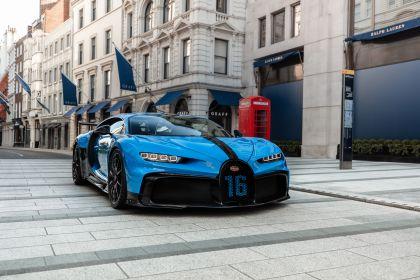 2020 Bugatti Chiron Pur Sport 46