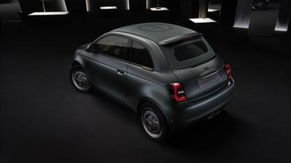 2020 Fiat 500 Giorgio Armani 4