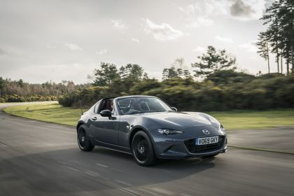 2020 Mazda MX-5 RF GT Sport Tech - UK version 4