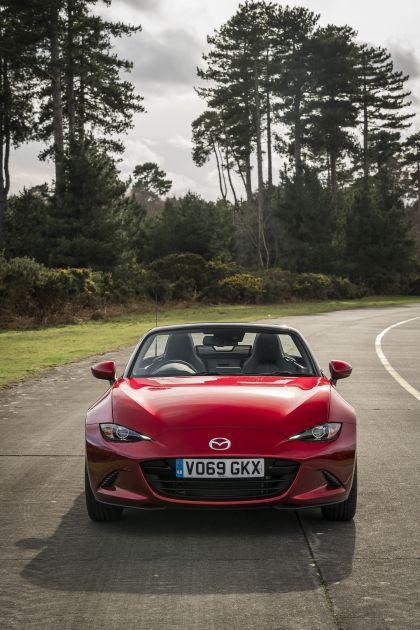 2020 Mazda MX-5 Convertible Sport Tech - UK version 4