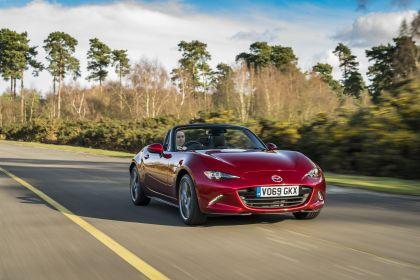 2020 Mazda MX-5 Convertible Sport Tech - UK version 22