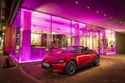 2020 Mazda MX-5 Convertible Sport Tech - UK version 47