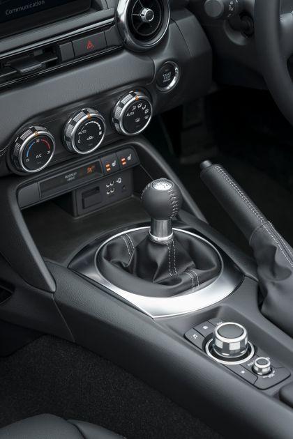 2020 Mazda MX-5 Convertible Sport Tech - UK version 58
